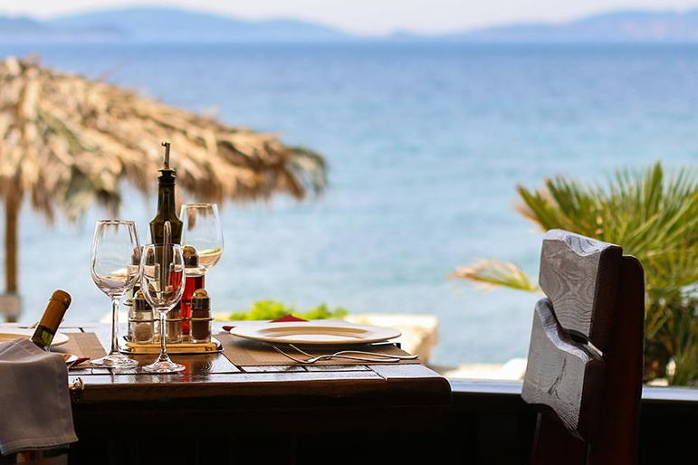 orebic table by the sea