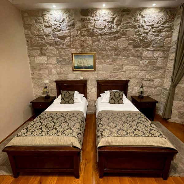 Heritage hotel Adriatic Orebic bed